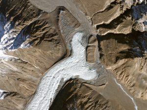 yazghil-glacier-web